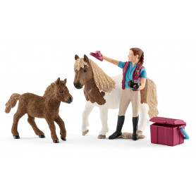 Schleich 42362 Stablehand with Shetland Ponies